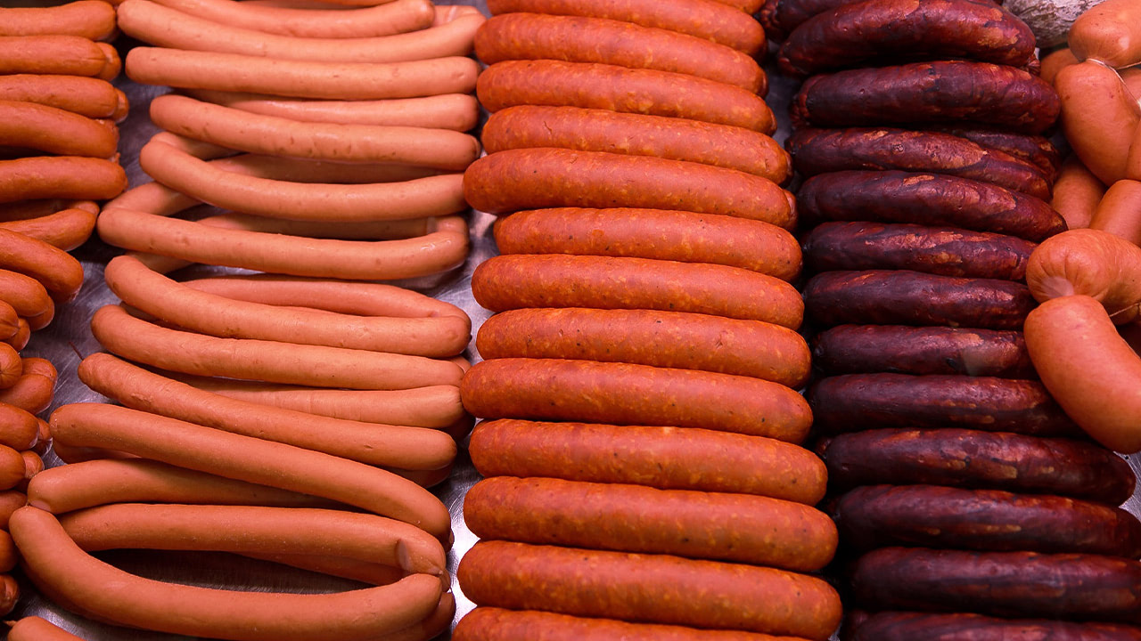 Россия наращивает производство колбасы