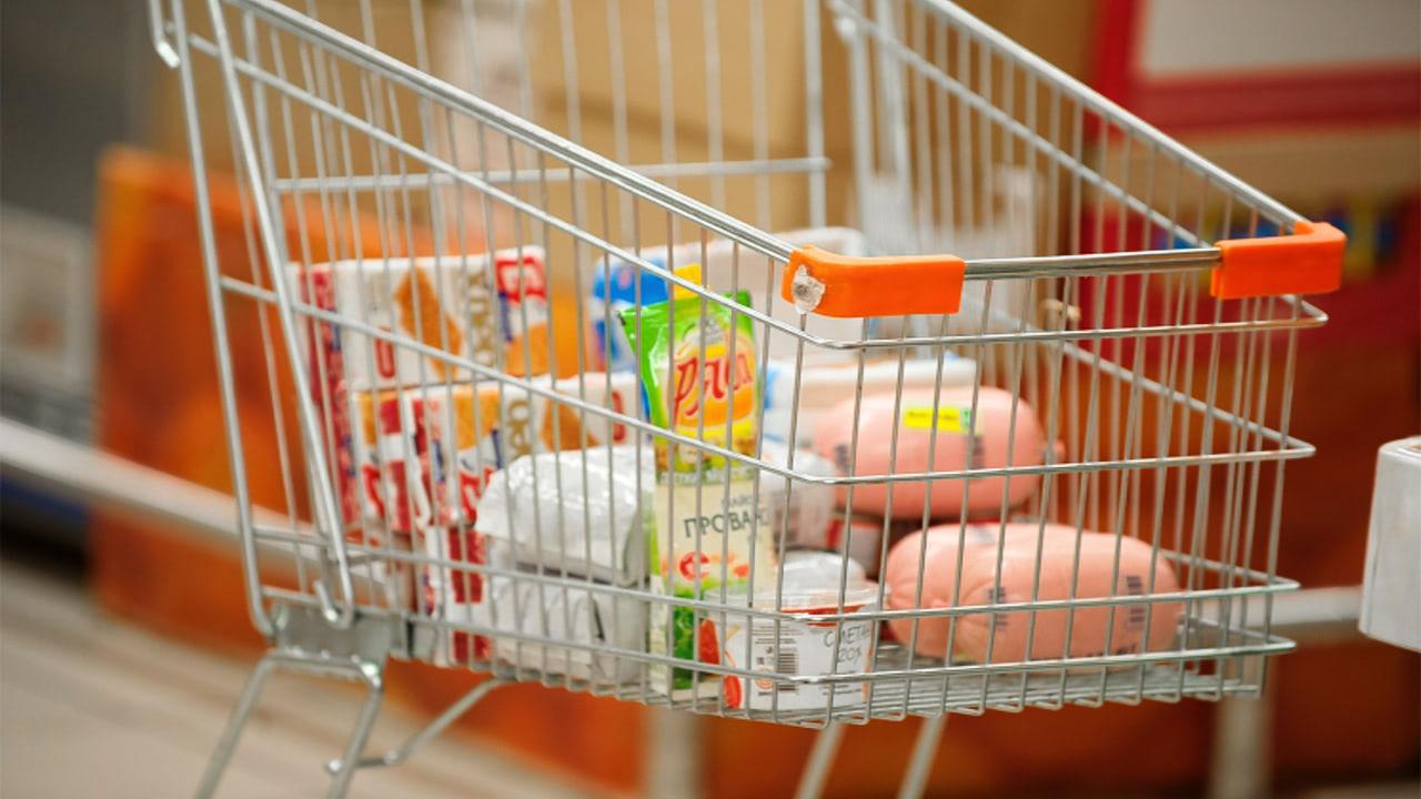 За девять месяцев цены на продукты питания в России выросли