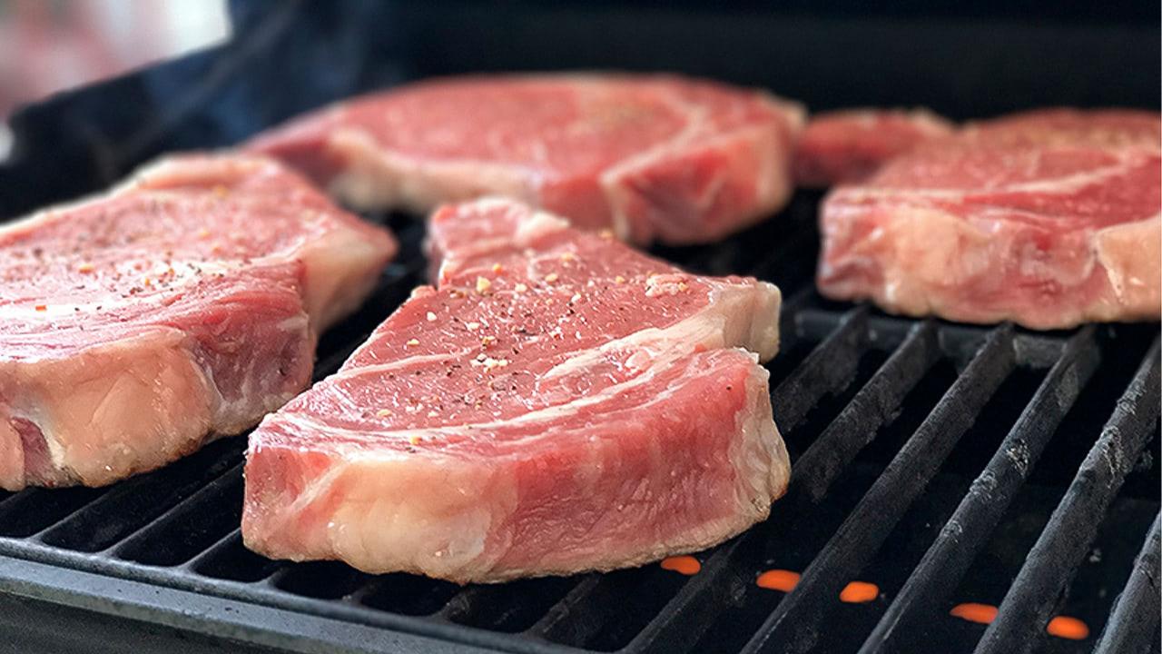 Обеспеченность рынка РФ мясом способствует сохранению стабильных цен на него