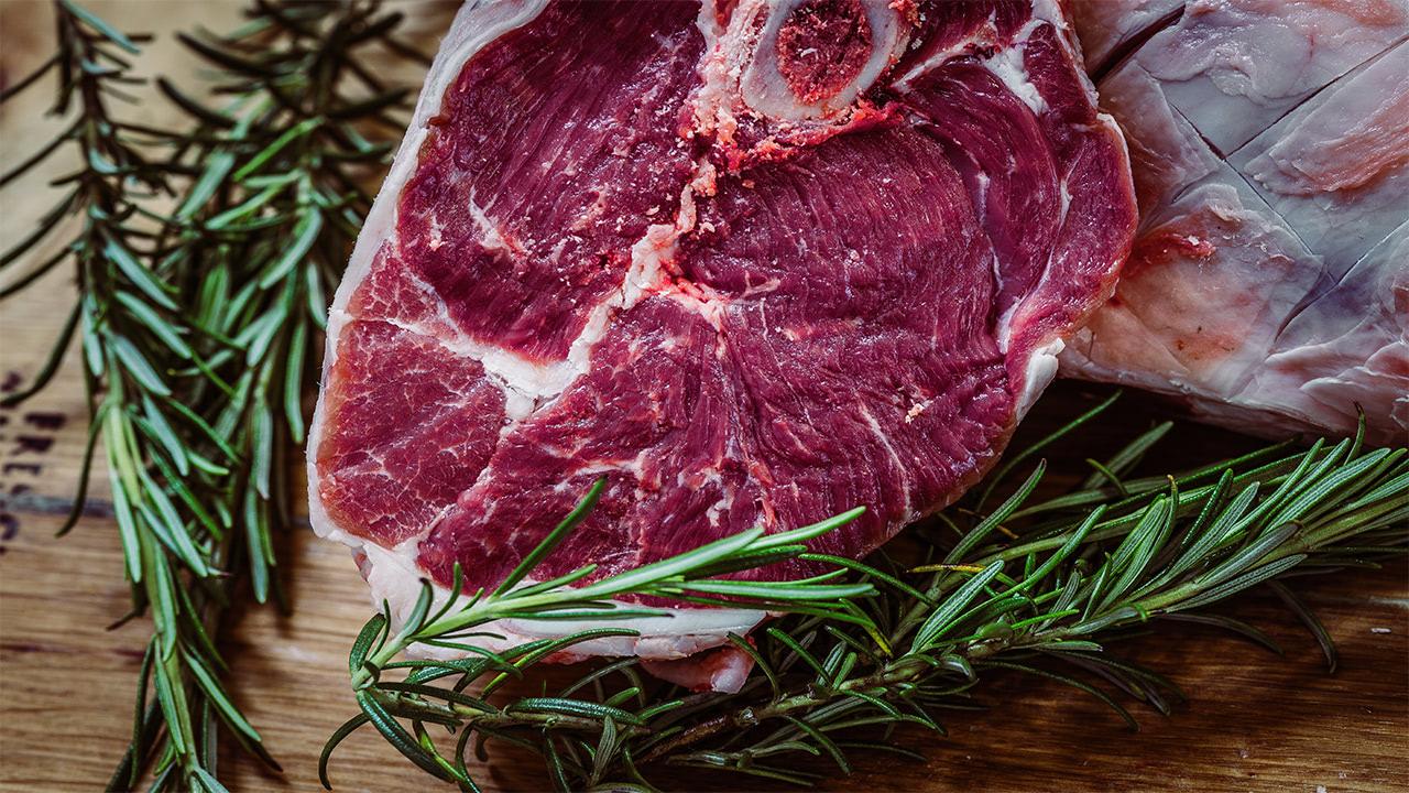Рестораторы пожаловались надефицит мраморной говядины вРФ